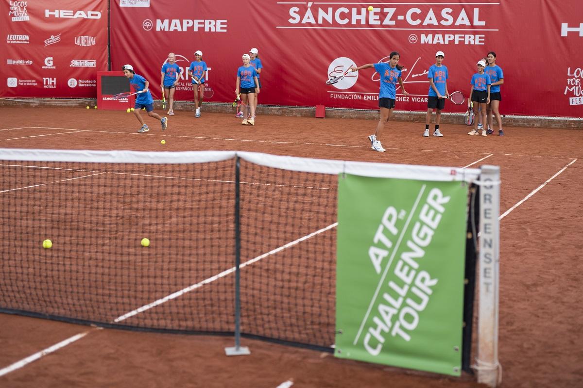 Image for Clinic de la Fundación Emilio Sánchez Vicario en el Challenger Sanchez-Casal Mapfre.